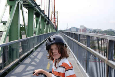 Macdonald-bridge-aug09