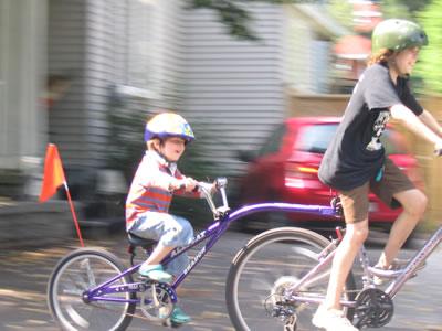 Kids_biking_aug08_400width