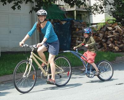 bike with child bike attachment